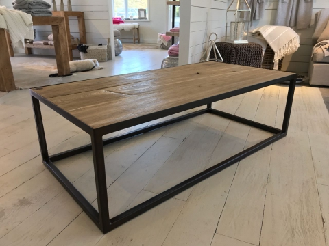 Coffee Table Ellenbogen